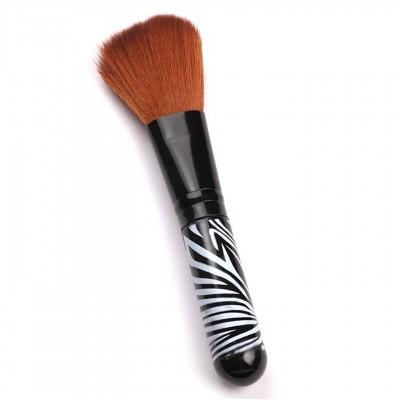 Косметическая кисть для макияжа